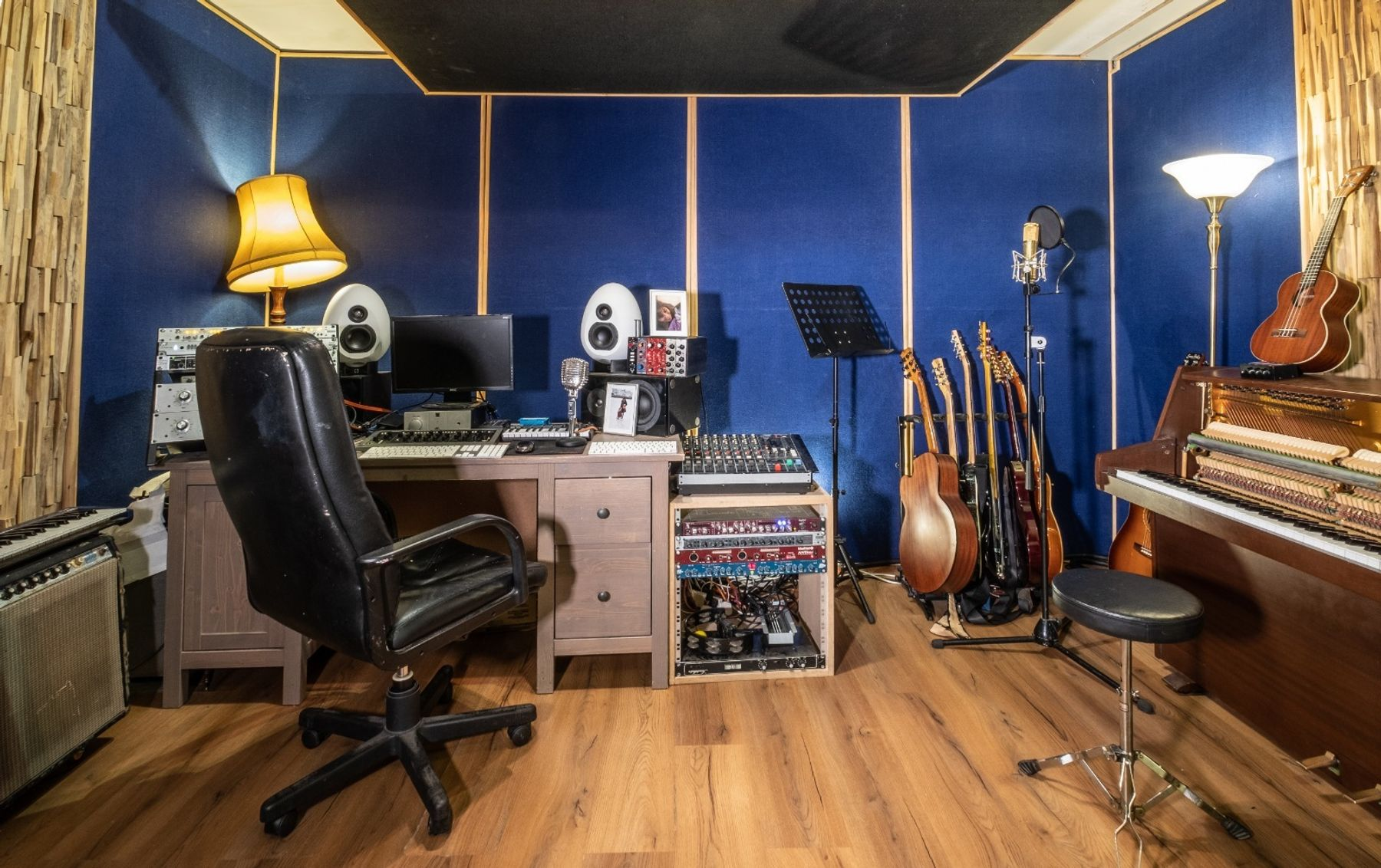 Recording Studio + producer/engineer for a day