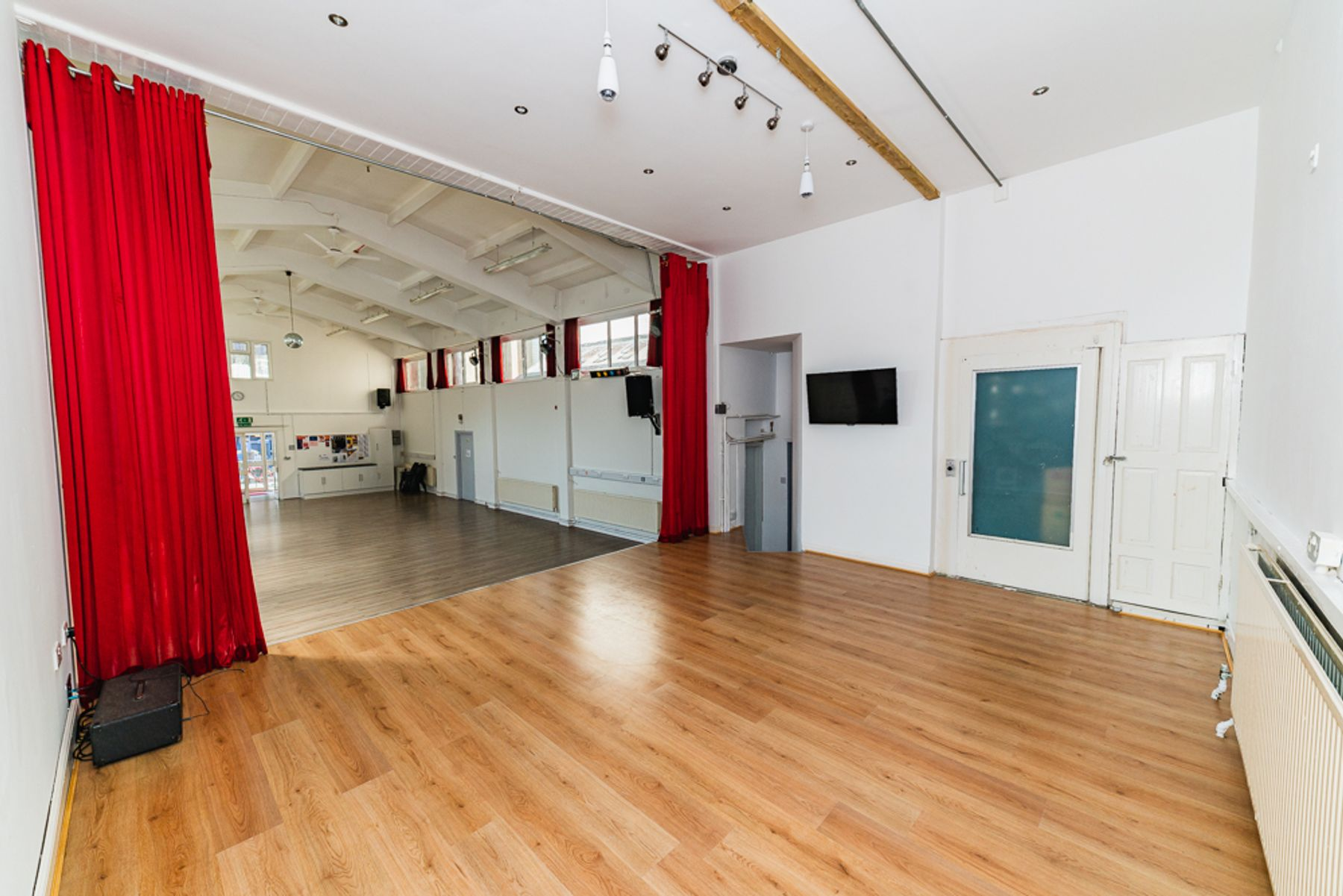 Hall and stage with semi-sprung floor & natural light