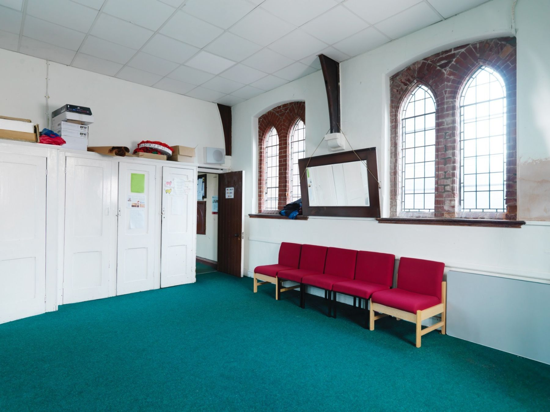Side room for teaching & rehearsals
