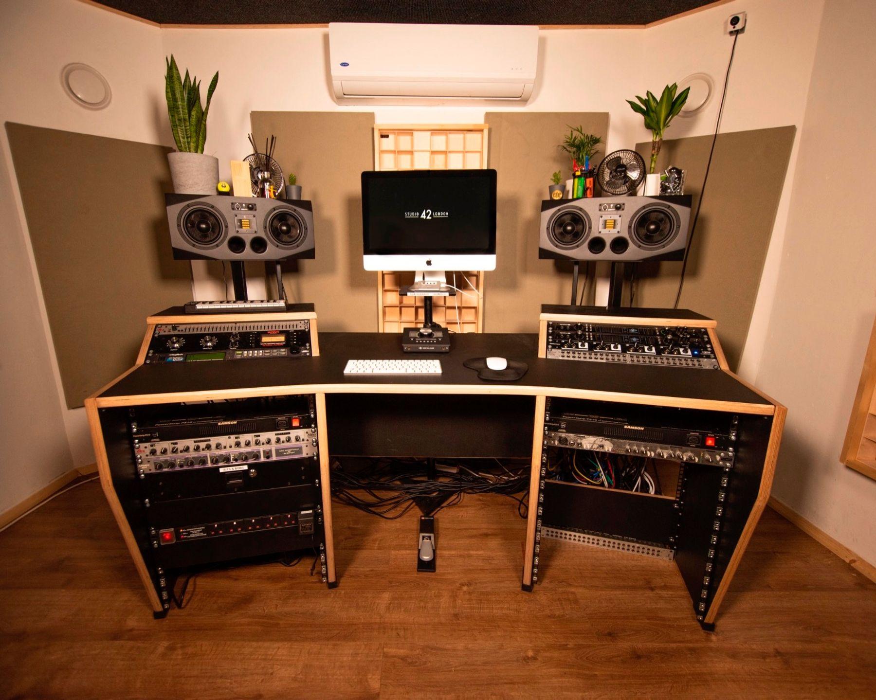 Studio 42 London