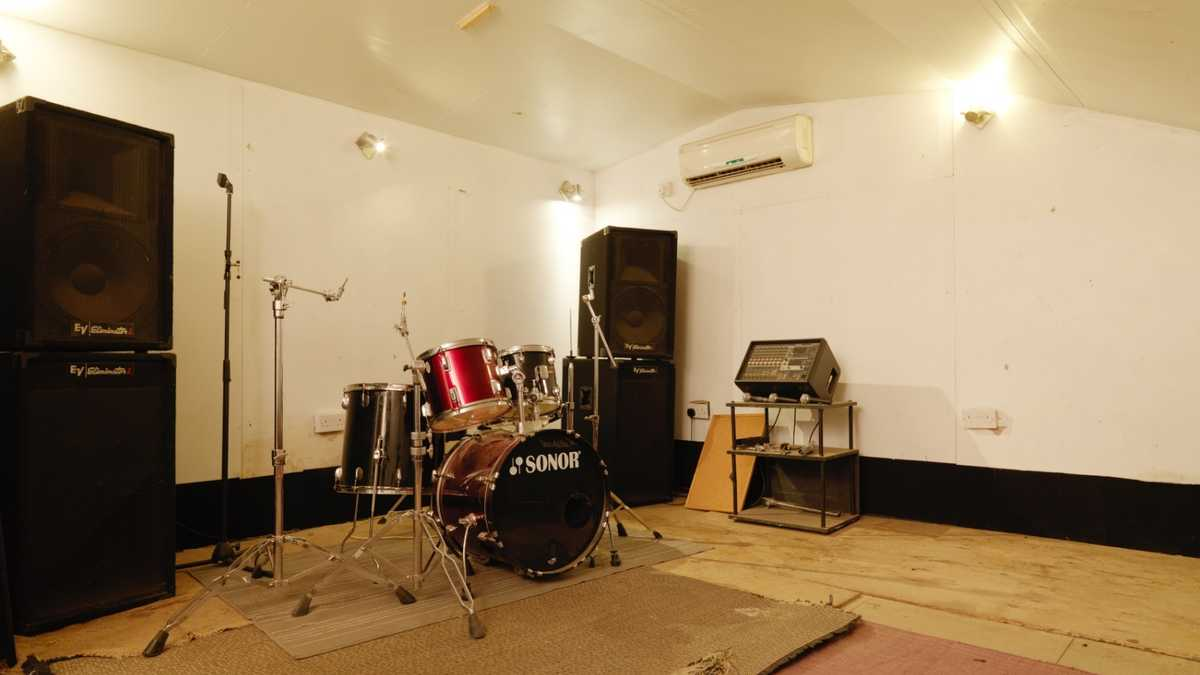 BonaFide Studios - isolated rehearsal room (Muswell Hill)