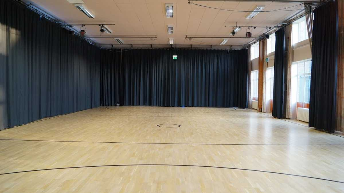 Cockroft hall