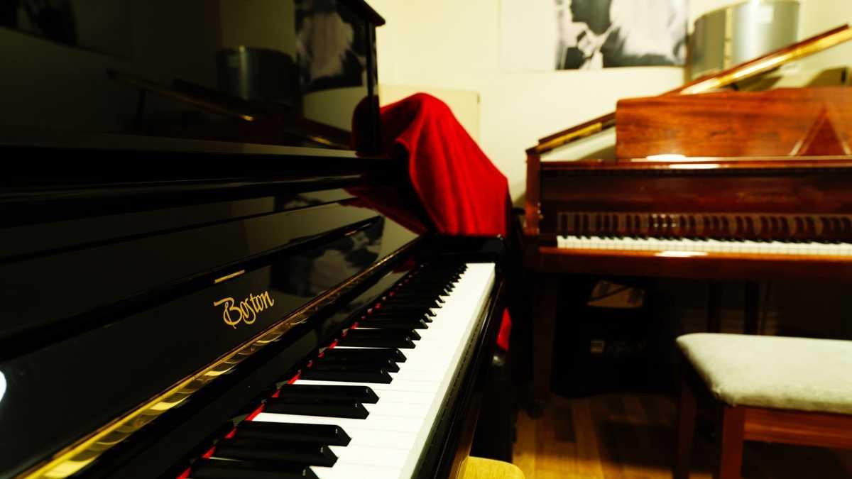 Piano studio hire - Studio 2
