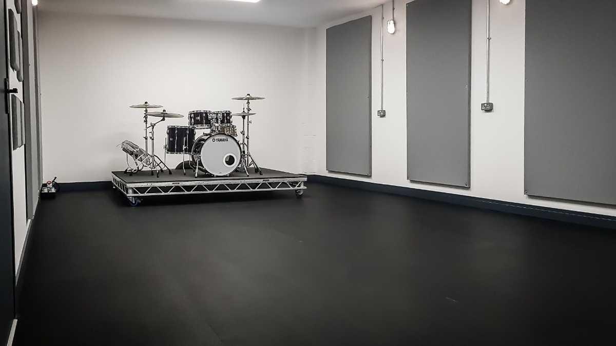 Studio 3