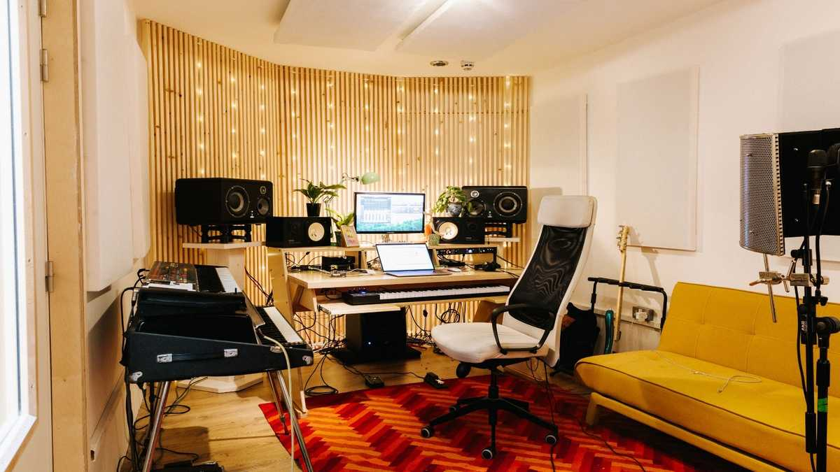 Production / Mix / Recording Studio - Ten 87 - Seven Sisters