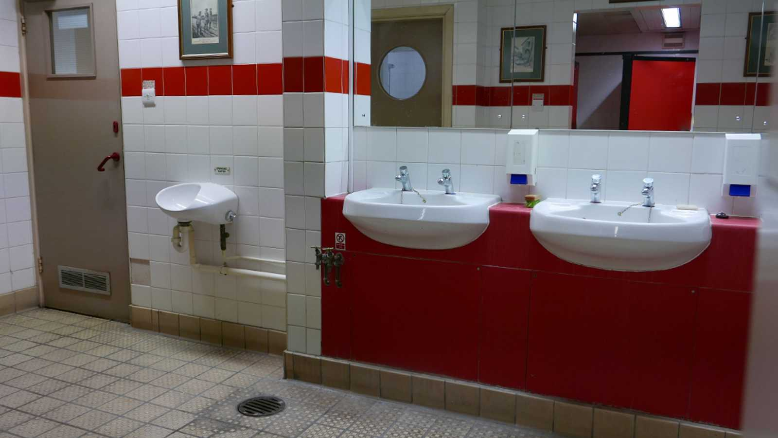 Toilets & Showers