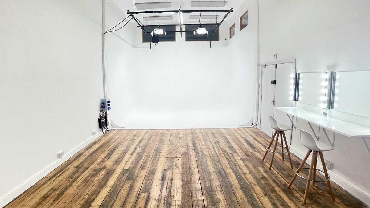 Studio White