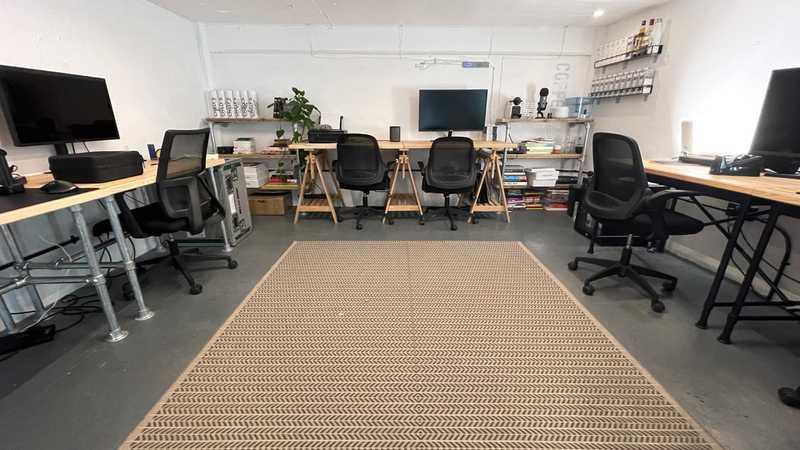 Crixus Office One