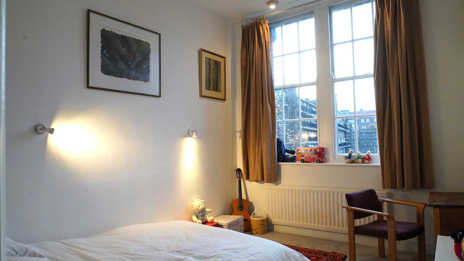 Guitar Bedroom
