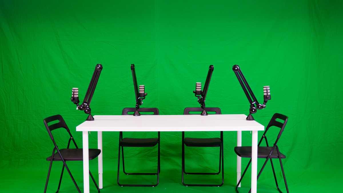 Podcast Studio (Green)