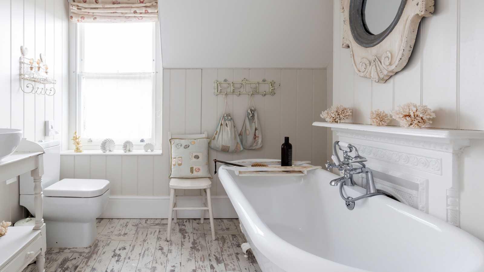 Off-white bathroom