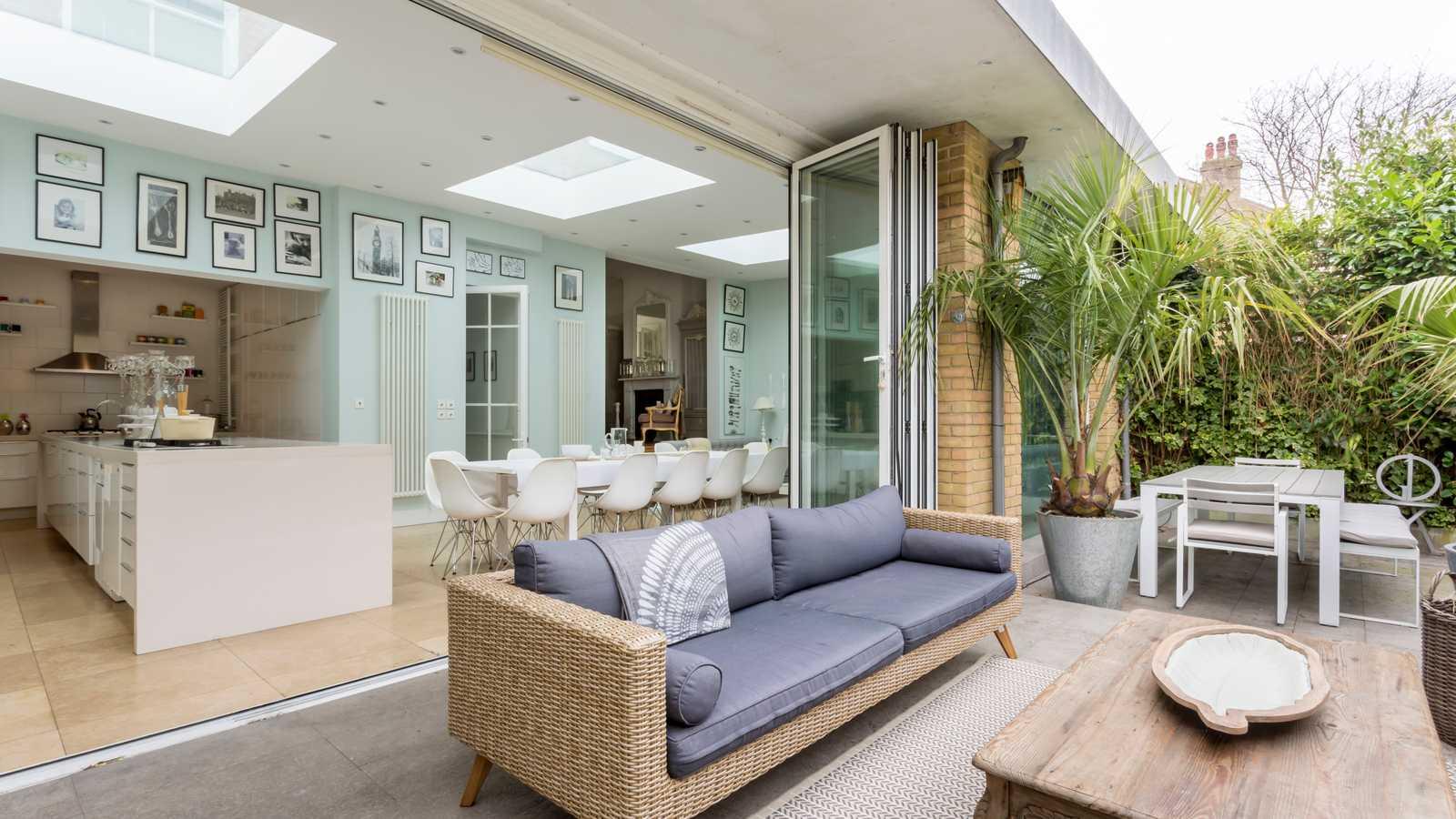 Kitchen Terrace Living room