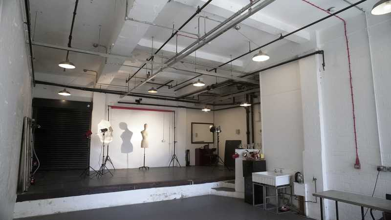 Photography Studio, Industrial Warehouse Factory & Roof Terrace