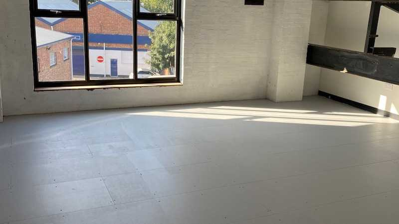 Creative Space - Studio 305 - Oxgate House - Brent Cross